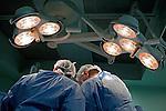 Hospital do Instituto Nacional de Traumatologia e Ortopedia (INTO). Cirurgia de implante osseo. Sepetiba. Rio de Janeiro. 2013. Foto de Rogerio Reis.