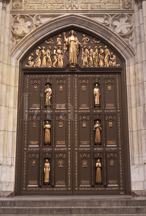 AJ3488, New York City, Saint Patrick's Cathedral, Manhattan, church, New York, NYC, N.Y.C., The ornate front doors of St. Patrick's Cathedral in Midtown Manhattan in New York City in the state of New York.