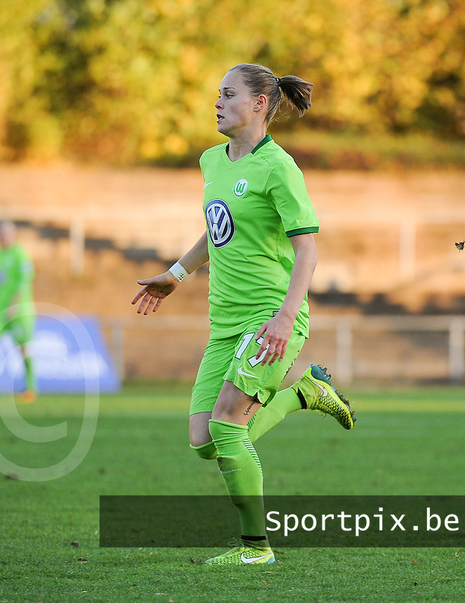 20161105 - MOENCHENGLADBACH , GERMANY : Wolfsburg's Ewa Pajor pictured during an Allianz Frauen Bundesliga game between Borussia Mönchengladbach and Vfl Wolfsburg during the 7th spieltag - game for the 2016-2017 Allianz Frauen-Bundesliga season , Saturday 5 th November 2016 ,  PHOTO Dirk Vuylsteke | Sportpix.Be