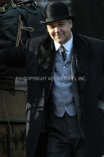 WWW.ACEPIXS.COM....December 4 2012, New York City....Actor Russell Crowe on the set of the new movie 'Winter's Tale' on December 4 2012 in New York City......By Line: Zelig Shaul/ACE Pictures......ACE Pictures, Inc...tel: 646 769 0430..Email: info@acepixs.com..www.acepixs.com