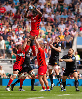 Saracens' Maro Itoje claims the lineout<br /> <br /> Photographer Bob Bradford/CameraSport<br /> <br /> Gallagher Premiership Final - Exeter Chiefs v Saracens - Saturday 1st June  2018 - Twickenham Stadium - London<br /> <br /> World Copyright © 2019 CameraSport. All rights reserved. 43 Linden Ave. Countesthorpe. Leicester. England. LE8 5PG - Tel: +44 (0) 116 277 4147 - admin@camerasport.com - www.camerasport.com