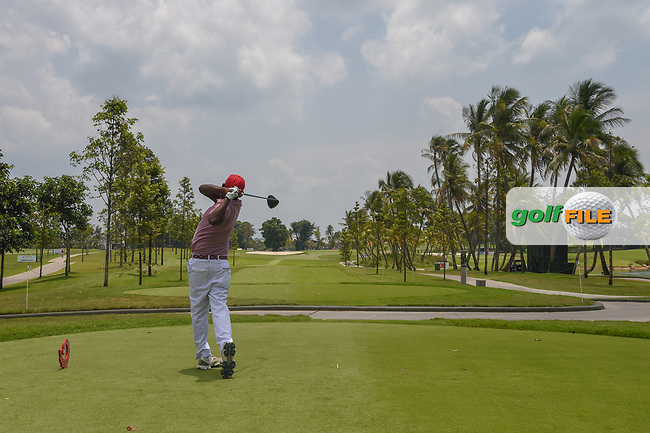 Amarapadma NARAHENPITAGE (SRI) watches his tee shot on 16 during Rd 1 of the Asia-Pacific Amateur Championship, Sentosa Golf Club, Singapore. 10/4/2018.<br /> Picture: Golffile | Ken Murray<br /> <br /> <br /> All photo usage must carry mandatory copyright credit (© Golffile | Ken Murray)