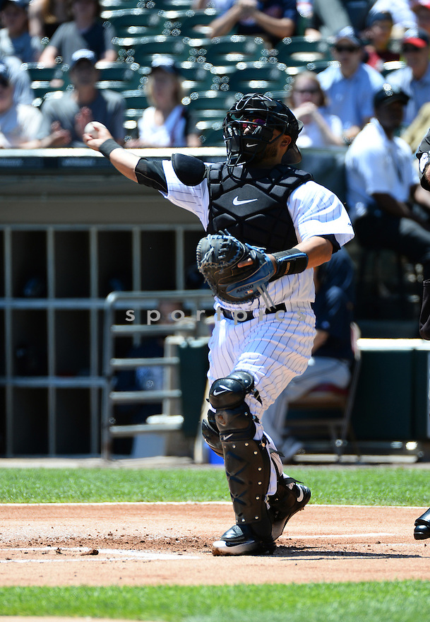 Chicago White Sox Dioner Navarro (27) during a game against the Atlanta Braves on July 9, 2016 at US Cellular Field in Chicago, IL. The White Sox beat the Braves 5-4.