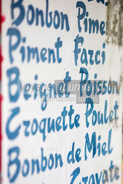 France, île de la Réunion, Saint-Benoît, Menu d'un petit restaurant de cuisine créole //  France, Reunion island (French overseas department), Saint Benoit, Menu a little Creole cuisine restaurant