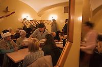Europe/Voïvodie de Petite-Pologne/Cracovie:   Bar à lait : U Stasi  dans la rue Mikolajska
