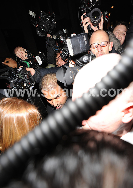 **ALL ROUND PICTURES FROM SOLARPIX.COM**.**WORLDWIDE SYNDICATION RIGHTS**.Lindsay Lohan and her girlfriend Samantha Ronson arrive to an army of fans and paparazzi at China Whites nightclub, Air Street, London, UK.  The couple were due to DJ in the exclusive club.  Wednesday November 12, 2008...This pic: Lindsay Lohan and Paparazzi.JOB REF: 7877 SSD-ATM     DATE: 12_11_2008.**MUST CREDIT SOLARPIX.COM OR DOUBLE FEE WILL BE CHARGED* *UNDER NO CIRCUMSTANCES IS THIS IMAGE TO BE REPRODUCED FOR ANY ONLINE EDITION WITHOUT PRIOR PERMISSION*