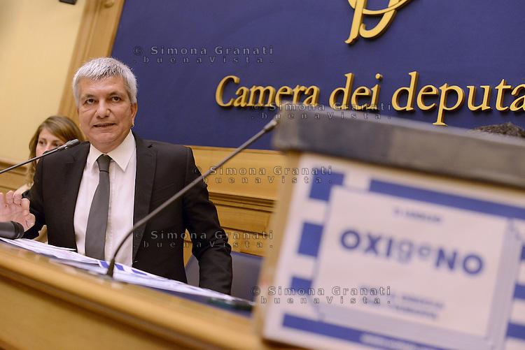 Roma 2 Luglio 2015<br /> Sinistra ecologia e Libert&agrave; in conferenza stampa per presentare le iniziative in sostegno al referendum greco.<br /> OXIgeNO.<br /> Nichi Vendola.