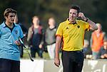 BLOEMENDAAL  - scheidsrechter Stan van Motman,  , competitiewedstrijd junioren  landelijk  Bloemendaal JA1-Nijmegen JA1 (2-2) . COPYRIGHT KOEN SUYK