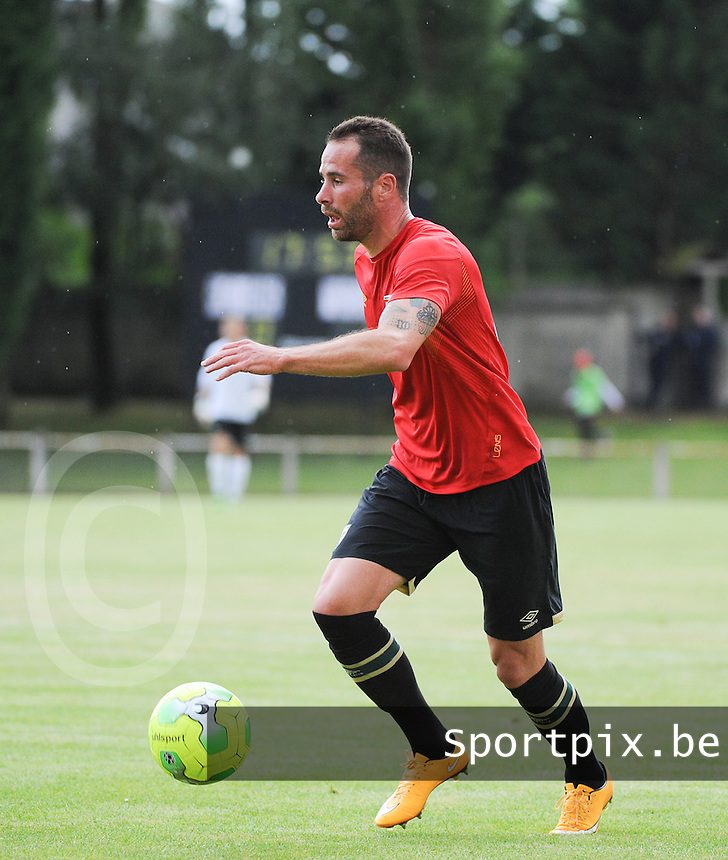 20160713 - DOUAI , FRANCE : RC Lens'  Anthony Scaramozzino pictured during a friendly game between Racing Club de LENS and Waasland Beveren during the preparations for the 2016-2017 season , Wednesday 13 July 2016 ,  PHOTO Dirk Vuylsteke | Sportpix.Be