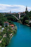 Schweiz, Kornhausbrücke über die Aare in Bern