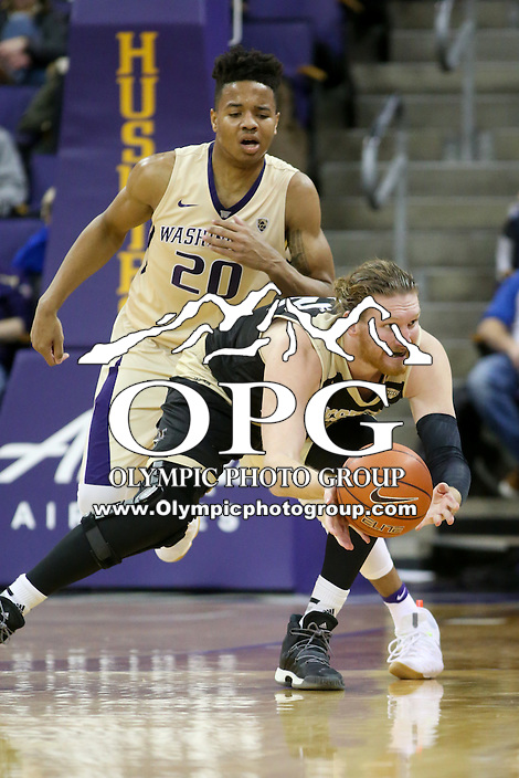 SEATTLE, WA - DECEMBER 18: Western Michigan's Drake Lamont against Washington.  Washington won 92-86 over Western Michigan at Alaska Airlines Arena in Seattle, WA.