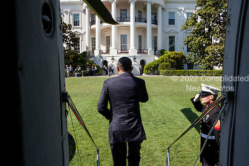United States President Barack Obama exits Marine One on the South Lawn of the White House following a trip to Fort Stewart, Georgia, April 27, 2012. .Mandatory Credit: Pete Souza - White House via CNP