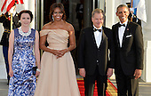 U.S. President Barack Obama (R) and First Lady Michelle Obama (2nd,L) welcome Finland's President Sauli Niinisto (2nd,R) and his spouse Jenni Haukio, to a State Dinner for Nordic leaders, at the White House, May 13, 2016, in Washington, DC.    <br /> Credit: Mike Theiler / Pool via CNP