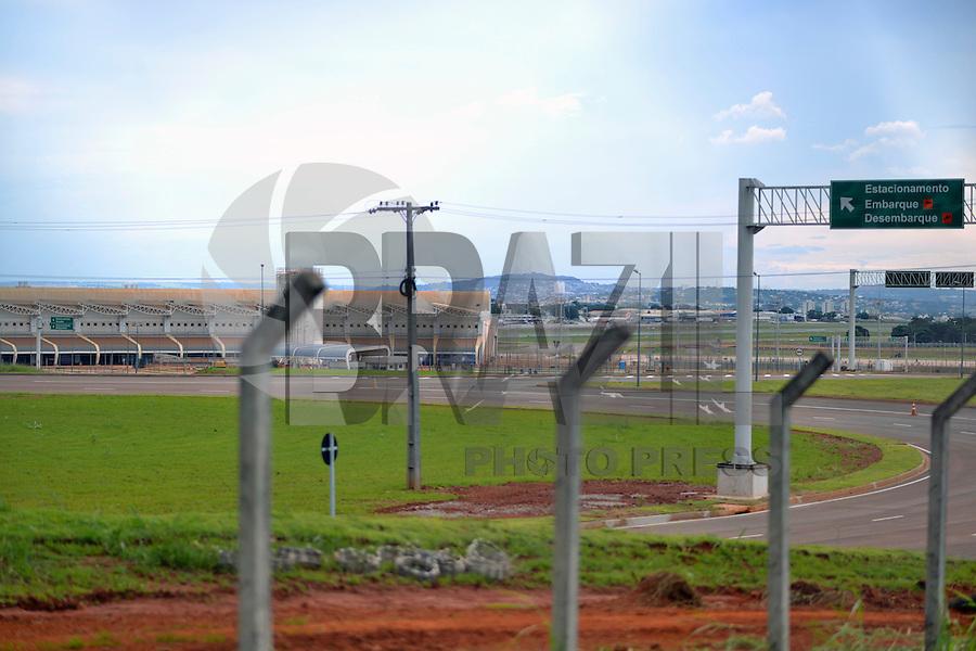 GOIANIA,GO, 22.03.2016 - OPERAÇÃO-LAVA JATO - Vista da entrada do Aeroporto de Goiania que se encontra em obras e esta sendo investigado na operação Lava Jato. (Foto: Marcos Souza/Brazil Photo Press)