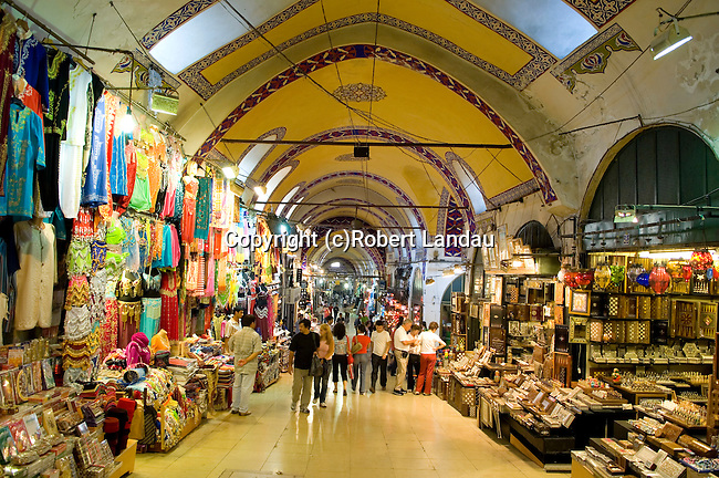 Shopping inside the Grand Covered Bazaar, Istanbul, Turkey