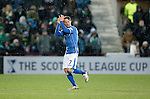 Hibs v St Johnstone...30.01.16   Utilita Scottish League Cup Semi-Final, Tynecastle..<br /> Chris Millar applauds the fans as he is subbed<br /> Picture by Graeme Hart.<br /> Copyright Perthshire Picture Agency<br /> Tel: 01738 623350  Mobile: 07990 594431