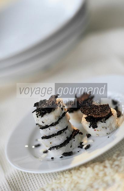 Europe/France/Midi-Pyrénées/46/Lot: Sushi  -  riz au parmesan et à la truffe