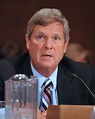 "Washington, DC - July 7, 2009 -- United States Secretary of Agriculture Tom Vilsack testifies before the U.S. Senate Committee on Environment and Public Works hearing entitled, ""Moving America toward a Clean Energy Economy and Reducing Global Warming Pollution: Legislative Tools."" in Washington, D.C. on Tuesday, July 7, 2009. The legislation being considered is known as a cap-and-trade bill that would place mandatory limits on the emissions of the greenhouse gases that are said to cause global warming..Credit: Ron Sachs / CNP"