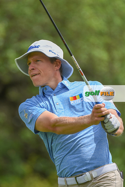 Peter Malnati (USA) watches his tee shot on 9 during day 4 of the Valero Texas Open, at the TPC San Antonio Oaks Course, San Antonio, Texas, USA. 4/7/2019.<br /> Picture: Golffile   Ken Murray<br /> <br /> <br /> All photo usage must carry mandatory copyright credit (© Golffile   Ken Murray)