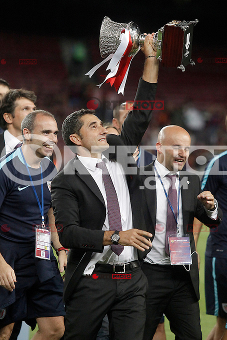 Athletic de Bilbao's coach Ernesto Valverde celebrates the victory in the Supercup of Spain. August 17,2015. (ALTERPHOTOS/Acero)