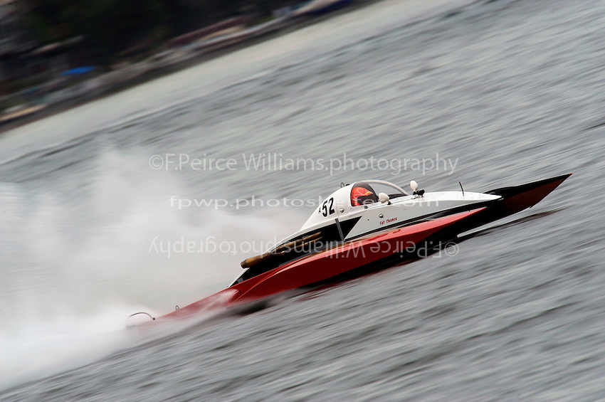 "13-14 June, 2009, APBA Inboards, Walled Lake, Novi, MI. USA.Tom Thompson, A-52 ""Fat Chance IV"", 2.5 Mod hydroplane.©F. Peirce Williams 2009 USA.F.Peirce Williams.photography.ref: RAW (.NEF) File Available"