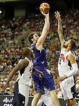 Spain's Pau Gasol (c) and USA's Kobe Bryant (l) and Tyson Chandler during friendly match.July 24,2012. (ALTERPHOTOS/Acero)