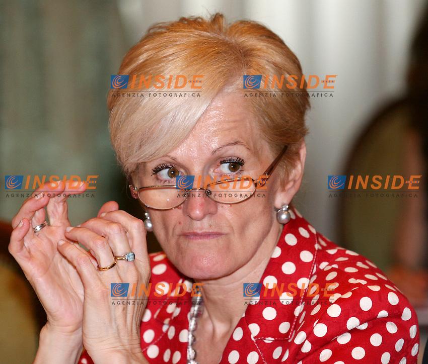 Roma 22-06- 2006 Palazzo Chigi:Conferenza Stato-Regioni<br /> Nella foto il ministro della Sanita' Livia Turco<br /> Photo Serena Cremaschi Insidefoto
