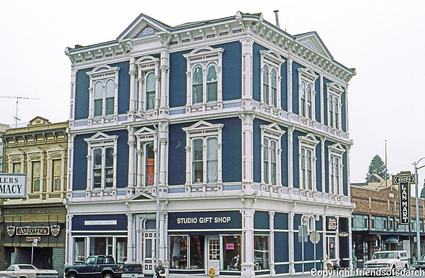 Petaluma CA: Italianate Iron, Commercial Building  (Identification uncertain) 1885-86.   Photo '83.