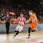 05.01.2020, ratiopharm arena, Neu-Ulm, GER, BBL, ratiopharm ulm vs Telekom Baskets Bonn, <br /> im Bild Anthony DiLeo (Bonn, #11), Andreas Obst (Ulm, #17) <br />  <br /> Foto © nordphoto / Hafner