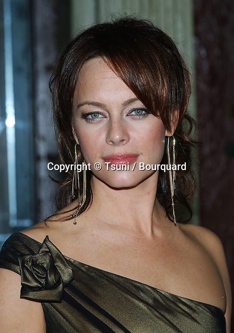 Melinda Clarke (OC) arriving at the 2004 Summer tca Fox All-Star Party on the Fox Lot in Los Angeles. July 16, 2004.