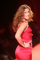 NELLY FURTADO 2006<br /> THE HEART TRUTH''  RED DRESS COLLECTION FASHION SHOW AT BRYANT PARK<br /> Photo By John Barrett/PHOTOlink.net