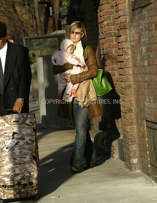 WWW.ACEPIXS.COM . . . . .  ....NEW YORK, APRIL 15, 2005....Heidi Klum and little baby Leni head out for the day.....Please byline: Ian Wingfield - ACE PICTURES..... *** ***..Ace Pictures, Inc:  ..Craig Ashby (212) 243-8787..e-mail: picturedesk@acepixs.com..web: http://www.acepixs.com