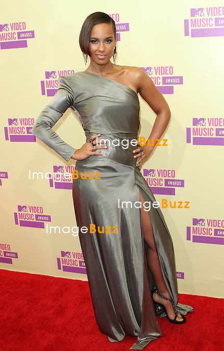 Photo by: Quasar/starmaxinc.com.©2012.STAR MAX.ALL RIGHTS RESERVED.Telephone/Fax: (212) 995-1196.9/6/12.Alicia Keys at the MTV Video Music Awards..(Los Angeles, CA)..