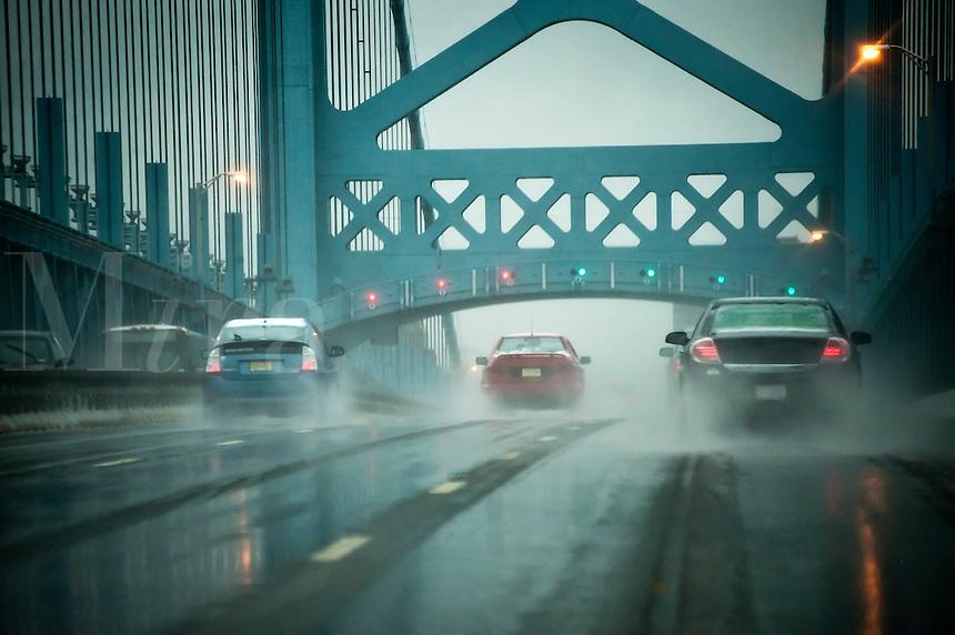 Ben Franklin Bridge in bad weather, Pennsylvania, USA