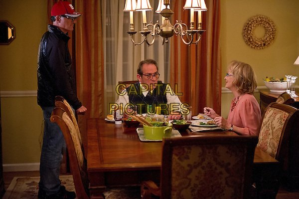 David Frankel (director), Tommy Lee Jones & Meryl Streep.on the set of Hope Springs (2012) .*Filmstill - Editorial Use Only*.CAP/FB.Supplied by Capital Pictures.