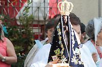 SÃO PAULO - SP - 20.11.2016 - NOSSA-SENHORA - Missa em homenagem aos 300 anos da aparição da imagem de Nossa Senhora Aparecida realizada na Paróquia Nossa Senhora Aparecida no bairro do Ipiranga zona sul da cidade de Sao Paulo neste domingo, 20. (Foto: Carlos Pessuto/Brazil Photo Press)