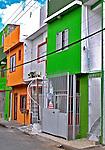 Sobrados na favela de Heliópolis, São Paulo. 2004. Foto de Juca Martins.