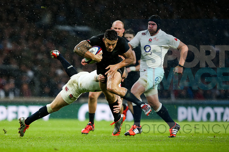 New Zealand's Sonny Bill Williams - QBE Autumn Internationals - England vs New Zealand - Twickenham Stadium - London - 08/11/2014 - Pic Charlie Forgham-Bailey/Sportimage