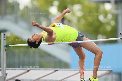 Naoto Tobe, MAY 10, 2015 - Athletics : IAAF World Challenge Seiko Golden Grand Prix in Kawasaki, Men's High Jump at Todoroki Stadium, Kanagawa, Japan. (Photo by YUTAKA/AFLO SPORT)