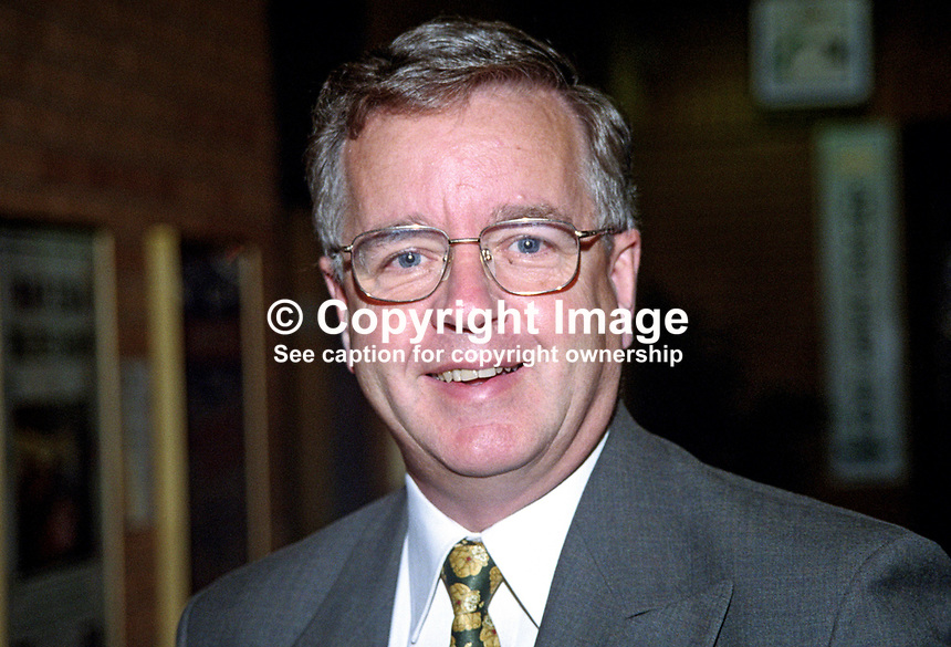 David Wilshire, MP, UK, Conservative Party, 199810208.<br />