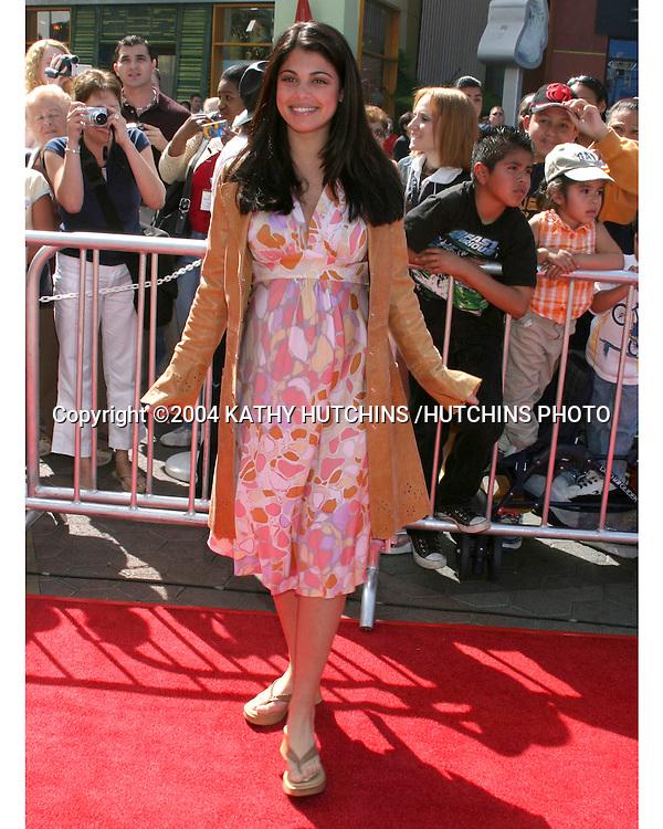 ©2004 KATHY HUTCHINS /HUTCHINS PHOTO.NBC & TELEMUDO STARS FAN FESTIVAL.UNIVERSAL CITYWALK.LOS ANGELES, CA.MARCH 20, 2004..LINDSAY KORMAN