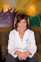 Dr. Isabel Lopez