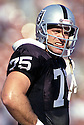 Oakland Raiders Howie Long (75) during a game from his career with the Raiders. Howie Long played for 13 years all with the Raiders, was a 8-time Pro Bowler and was inducted to the Pro Football Hall of Fame in 2000.
