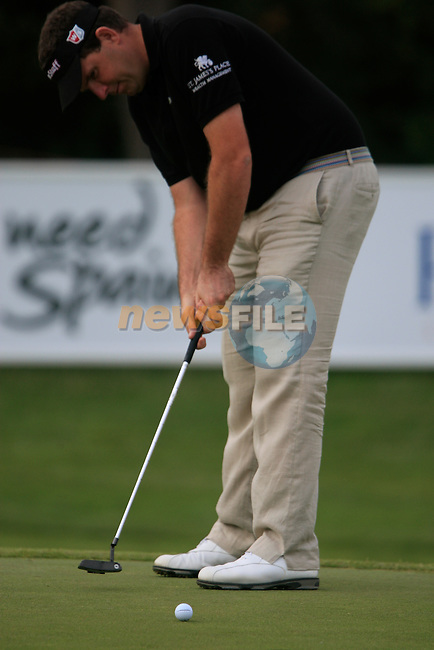 Anthony Wall (ENG) putts on the 18th green during Day 3 of the Open de Espana at Real Club De Golf El Prat, Terrasa, Barcelona, 7th May 2011. (Photo Eoin Clarke/Golffile 2011)
