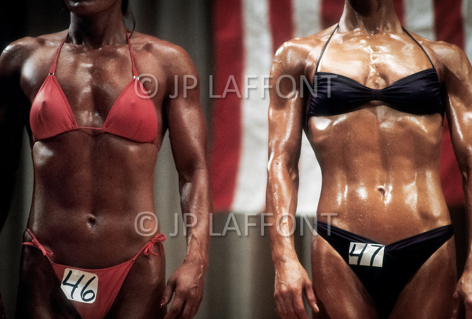 New York City, NY. June 20, 1981. <br /> From left to right Iavon Vajakas and Valerie Mayers at Ms. Empire State competition.