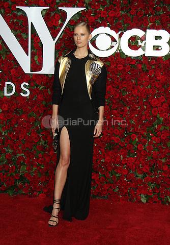 NEW YORK, NY-June 12: Karolina Kurkova  at the 70th Annual Tony Awards at the Beacon Theatre in New York. NY June 12, 2016. Credit:RW/MediaPunch