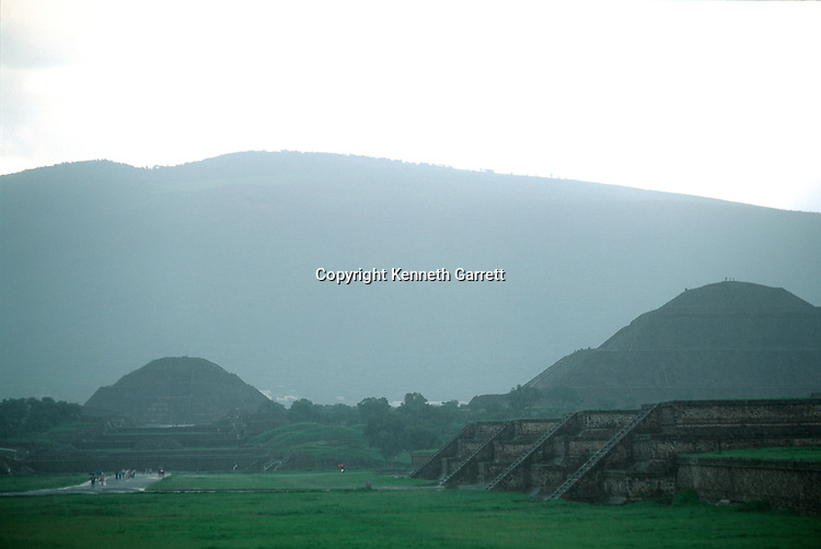 Teotihuacan; Pyramid of the Moon, Street of the Dead; Pyramids; Meso America; Mexico; Ancient Cultures-The Americas