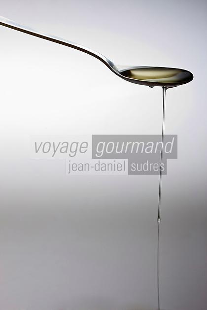 Cuisine/Gastronomie générale: Huile de Colza