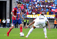 SANTA MARTA - COLOMBIA, 26-01-2019: Jugador (Izq) del Unión disputa el balón con Jesus Murillo (Der) de Jaguares durante partido por la fecha 1 entre Unión Magdalena y Jaguares FC como parte de la Liga Águila I 2019 jugado en el estadio Sierra Nevada de la ciudad de Santa Marta. / Player (L) of Union vies for the ball with Jesus Murillo (R) of Jaguares during match for the date 1 between Union Magdalena and Jaguares FC as a part Aguila League I 2019 played at Sierra Nevada stadium in Santa Marta city. Photo: VizzorImage / Gustavo Pacheco / Cont