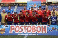BARRANQUIILLA -COLOMBIA-16-08-2014. Jugadores de Uniauntónoma posan para una foto previo al encuentro con La Equidad por la fecha 5 de la Liga Postobón II 2014 jugado en el estadio Metropolitano de la ciudad de Barranquilla./ Uniautonoma players pose to a photo prior the matcha against La Equidad for the 5th date of the Postobon League II 2014 played at Metropolitano stadium in Barranquilla city.  Photo: VizzorImage/Alfonso Cervantes/STR